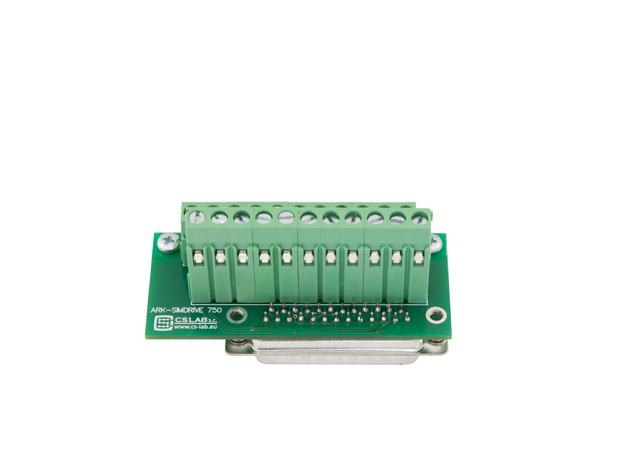 Adapter sygnałów sterujących simDrive V2 750W ułatwiający podłączenie (opcja)